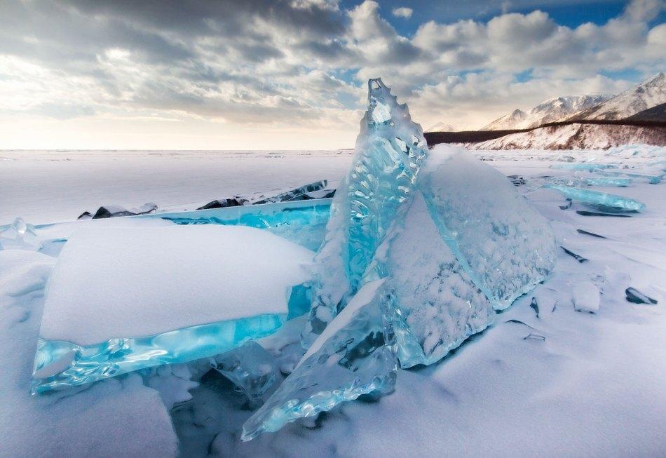 Baikal: Ice sails
