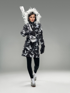 Wild mittens, Flora down skirt, Hera leggings, Zoe ankle boots and Leopard skis.Caterina leo butterfly down jacket with feathers collar.