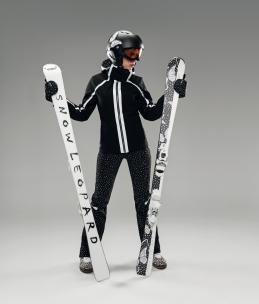 Antea ski jacket, Leopard skis, Snow Leopard helmet, Flake mittens.